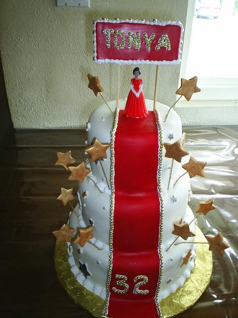 red carpet birthday cakes