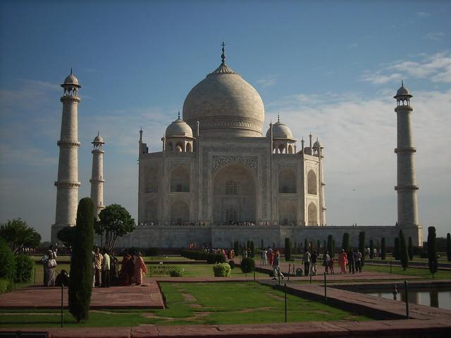 Taj Mahal Ac Hotel Rooms