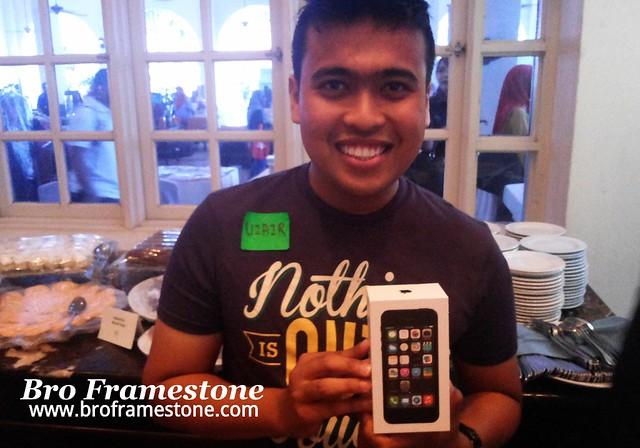 Pemenang iPhone5s - Uzair Othman #SBB2014