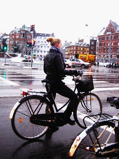 Snowfall Red Light - Cycling in Winter in Copenhagen