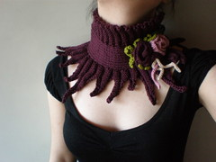 Elan ... Knitted Neckwarmer / Scarflette - Plum