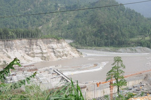 rivers kalimpong westbengal june2008 geo:dir=846 geo:lat=27003845 geo:lon=884412883333333 riverbasins