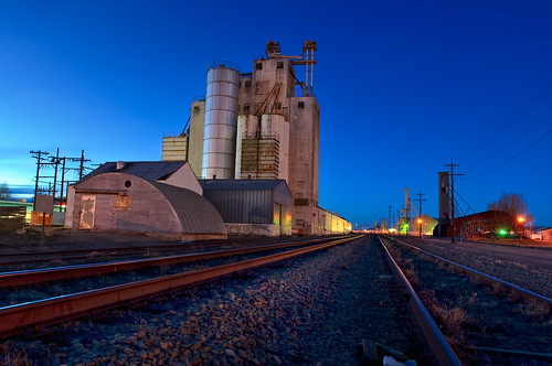 railroad blue sunset night rural landscape evening twilight nikon colorado industrial dusk decay weld rail rr trains structure transportation co bluehour agriculture railyard 2009 afterdark neco onblue ault d300 catchycolorsblue blueribbonwinner clff