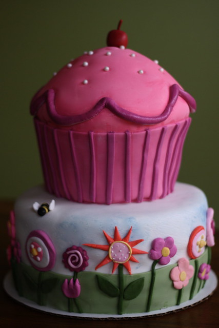Pinkalicious Cake Images : Pinkalicious Cake Flickr - Photo Sharing!