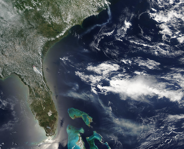 Smoke from the Honey Prairie and Pains Bay fires, Atlantic Ocean