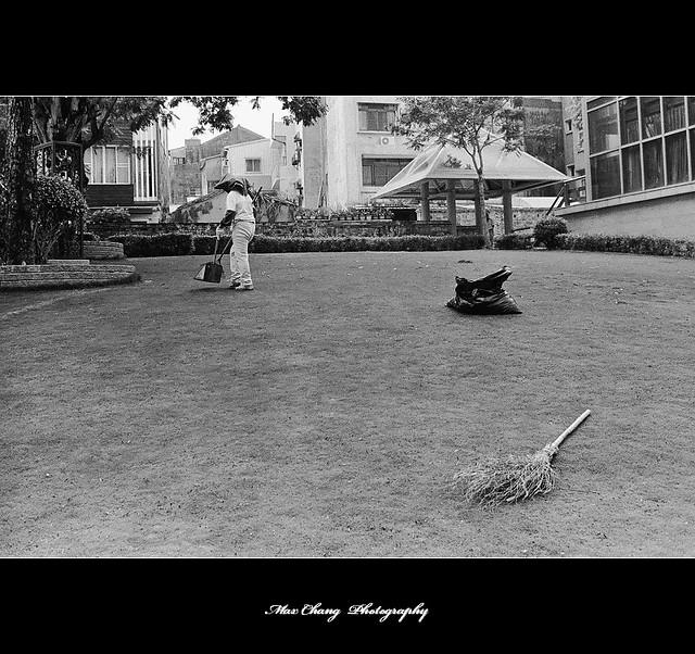 20090823 ~黑白底片隨拍 03/25 之【吳園】