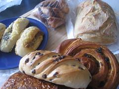meal(0.0), tsoureki(0.0), breakfast(1.0), baking(1.0), bread(1.0), baked goods(1.0), ciabatta(1.0), food(1.0), bread roll(1.0), viennoiserie(1.0), dish(1.0), dessert(1.0), cuisine(1.0), brioche(1.0), danish pastry(1.0),