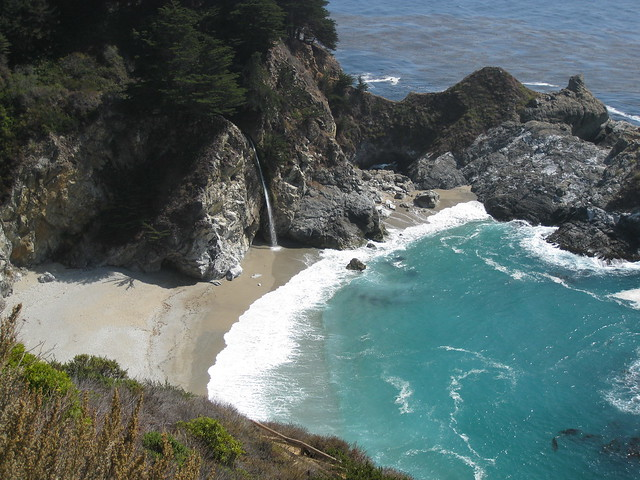 Julia Pfeiffer Beach waterfall