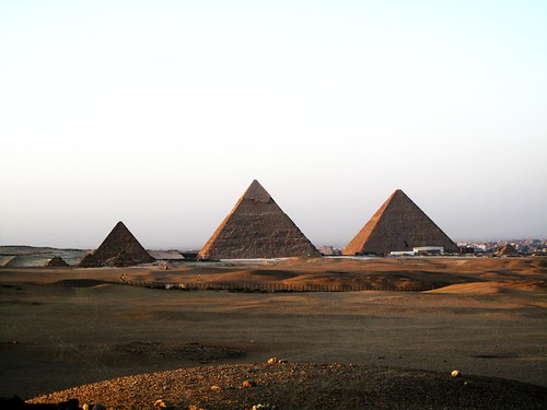 pyramids of gizza