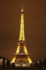 The Eiffle Tower back to it's proper color
