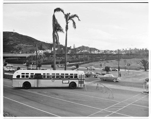 Hollywood Bowl Park And Ride 108