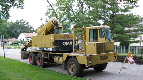 Gradall crane at job site. Stickney / Forest View Illinois. June 2009. by Eddie from Chicago
