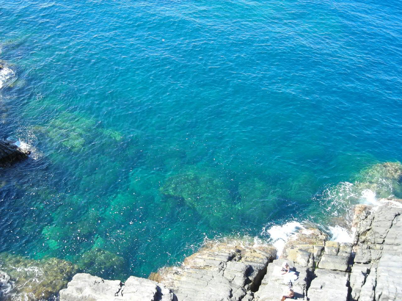 リオマッジョーレの綺麗な海