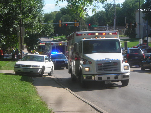cops ambulance rushhour trafficaccident