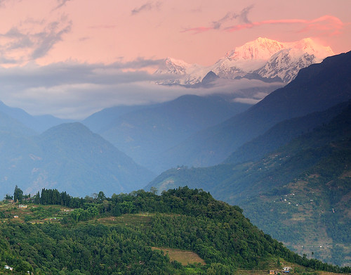 pink sky india mountain snow mountains color green nature clouds sunrise landscape nikon scenery asia ngc peak himalaya sikkim alpenglow mountainrange d300 kanchenjunga khangchendzonga singhray forbiddenkingdom afs70300mmf4556gvr