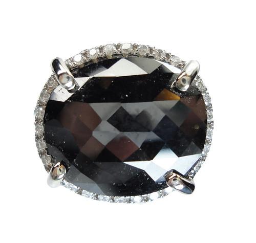 Black_Diamond_Ring