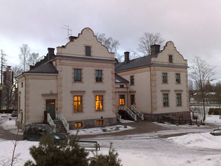 Image of Albergan kartano. shozu geotagged geocaching geocache mansion manor leppävaara kartano alberga albergankartano geo:lat=6021387 geo:lon=2481331 gcjydc