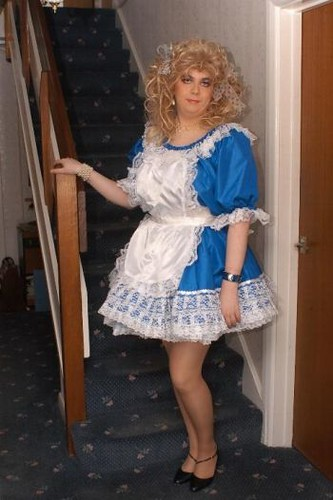 Mini skirt make my cum