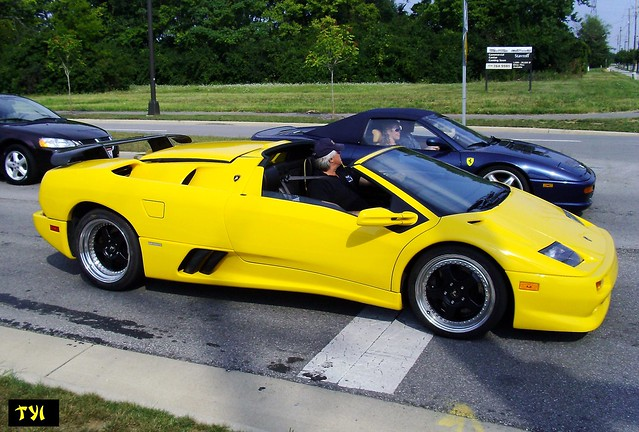 Lamborghini Diablo VT Roadster & Ferrari F355 Spider | Flickr - Photo ...