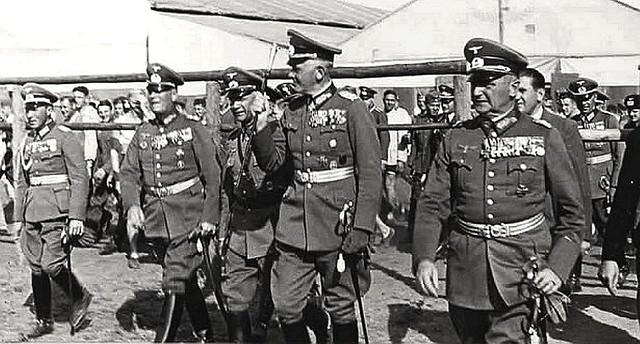 Field Marshal Werner Von Blomberg Middle 1