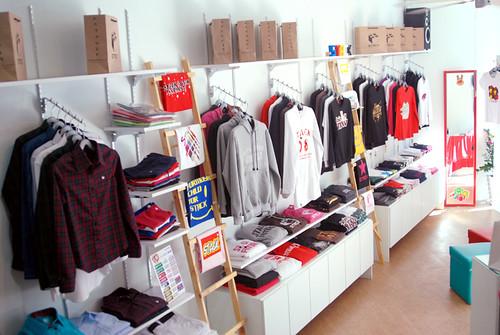 stack-2009年台南民族路店面展示