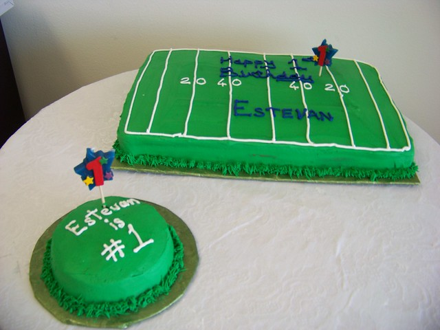 Cake Decorated Like Football Field : Football Field Birthday Cake Flickr - Photo Sharing!