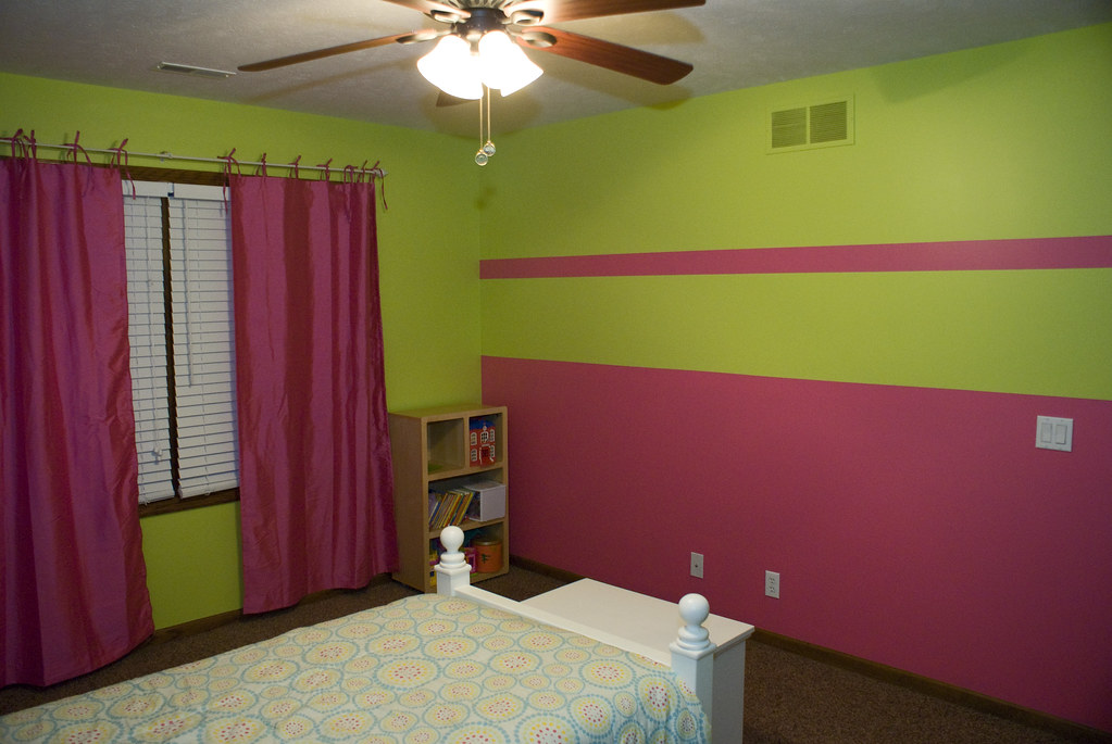 Pink and green girls bedroom pink and green for Pink and green girls bedroom