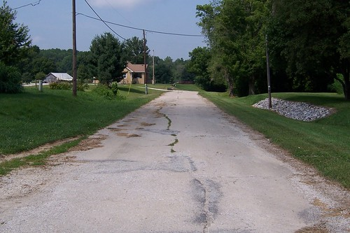 Itty-bitty old US 40/NR alignment