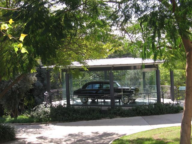 """מכון ויצמן למדע - בית ד""""ר חיים וורה ויצמן, רחובות. House of Dr. Haim Weizman, Rehovot - Israel"""
