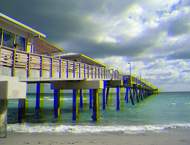 Dania beach fishing pier 1 colorcode 3 d anaglyph for Dania beach fishing pier