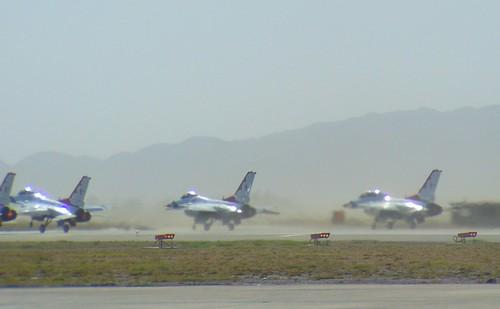 Lockheed Martin F-16C/D Fighting Falcon Thunderbirds #1,2,&7