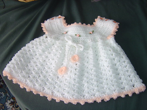 White crochet baby dress 003