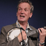 Frank Skinner and his banjo |