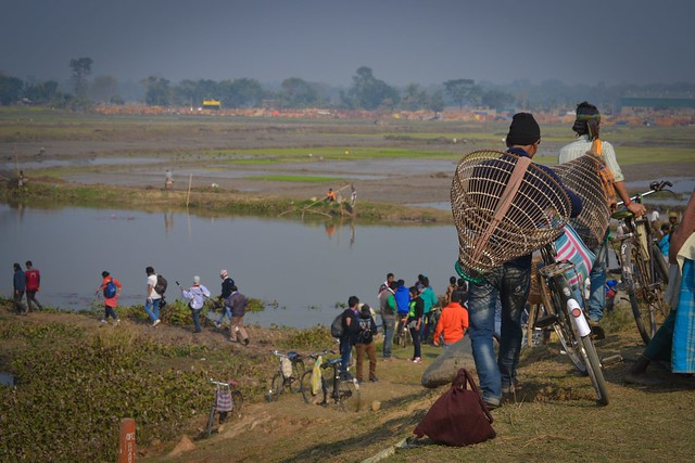 Community fishing is an important practice during this fair. People flock in huge numbers during this day to fish together.