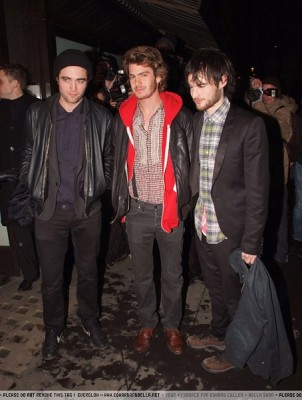 Robert Pattinson Spotted on Robert Pattinson Spotted At Vogue Dinner In London Robert Pattinson