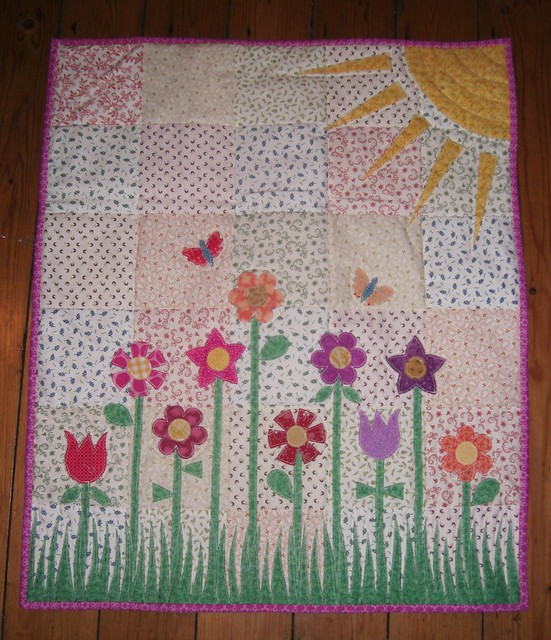 Quilt Patterns For A Girl : Baby girl quilt Flickr - Photo Sharing!
