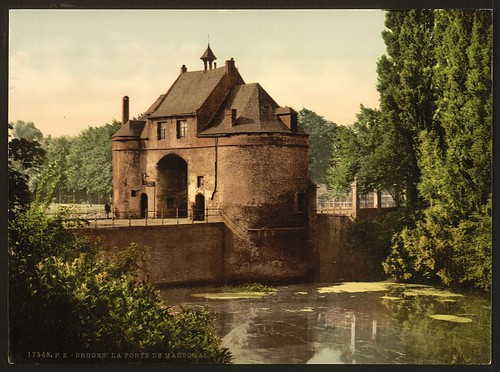 [The Marechal gate, Bruges, Belgium] (LOC)