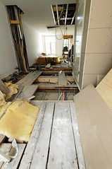 attic(0.0), laminate flooring(0.0), loft(0.0), living room(0.0), beam(0.0), tile(0.0), stairs(0.0), flooring(0.0), floor(1.0), daylighting(1.0), wood(1.0), room(1.0), property(1.0), ceiling(1.0), interior design(1.0), design(1.0), wood flooring(1.0), hardwood(1.0),