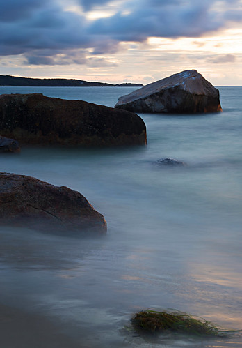 ocean longexposure blue sunset blur water marthas vineyard nikon rocks ryan massachusetts sound marthasvineyard 2009 vineyardsound tisbury southen ryansouthen d700 nikond700