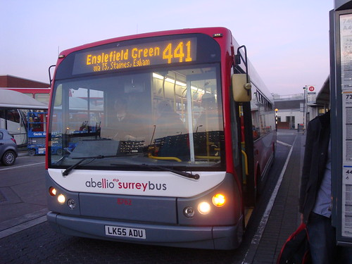 Abellio Surrey 8762 on Route 441, Heathrow Central
