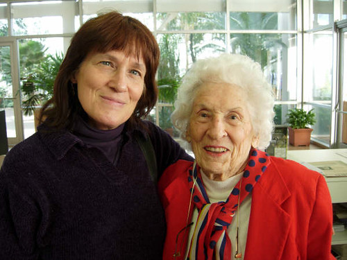 L-R Leslie Reuter and 96 years old Mom Billie Wilma Grace Baird in Bogart, GA, 22 Jan. 2009