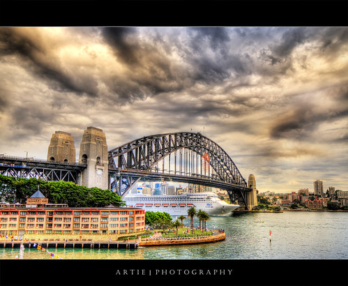 The Tempestuous Sydney Harbour Bridge :: HDR