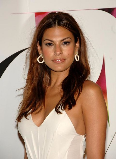 Eva Mendes Actress - Gallery Photo