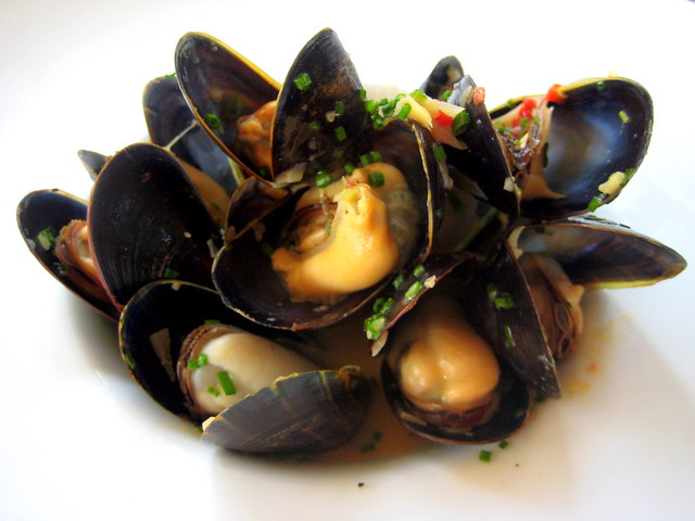 Steamed mussels with spicy coconut-lemon grass broth | Flickr - Photo ...