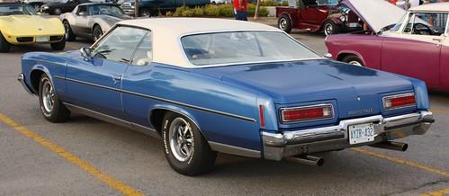 1972 Pontiac Bonneville 2 door hardtop