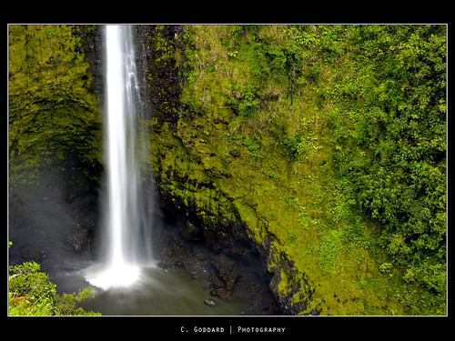 green water canon landscape photography rebel hawaii waterfall waterfalls hawaiian tropical bigisland lush soe akakafalls hawaiianislands akakawaterfall xti bigwaterfall flickraward cgoddard chadgoddardphotography