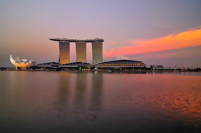 Sunset in Marina Bay