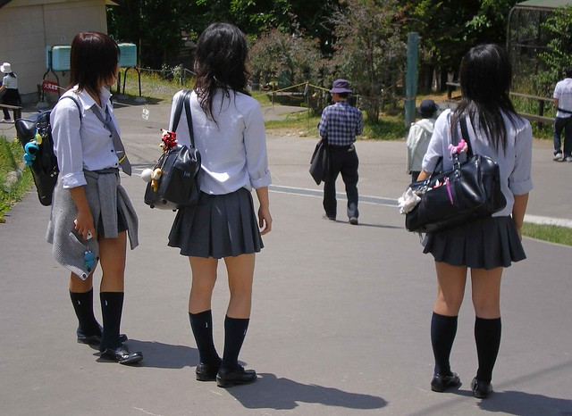 Japanese school girls-1