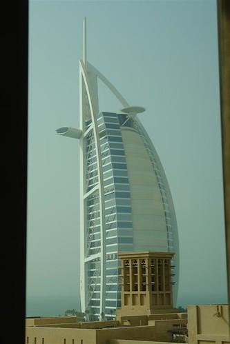 Qué ver en Dubai: Burj Al Arab desde Madinat Jumeirah qué ver en dubai - 3840485726 89d1d4b16c - Qué ver en Dubai, el oasis inacabado