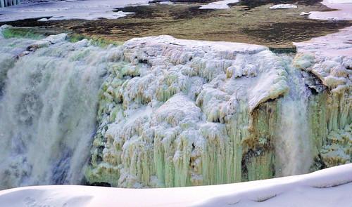 Frozen middle falls
